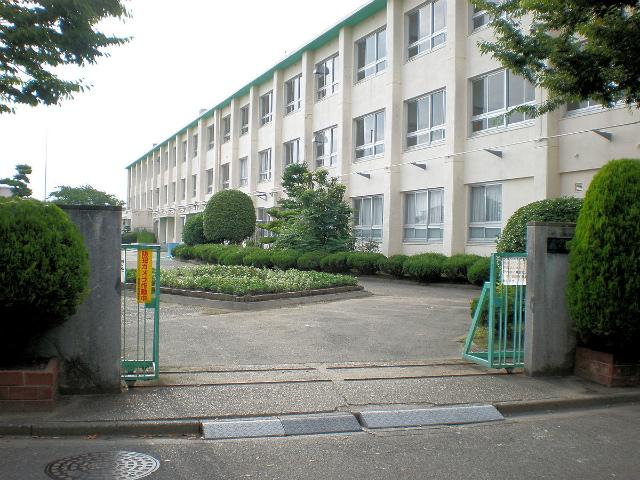 中学校 藤山台中学校 550m 徒歩7分