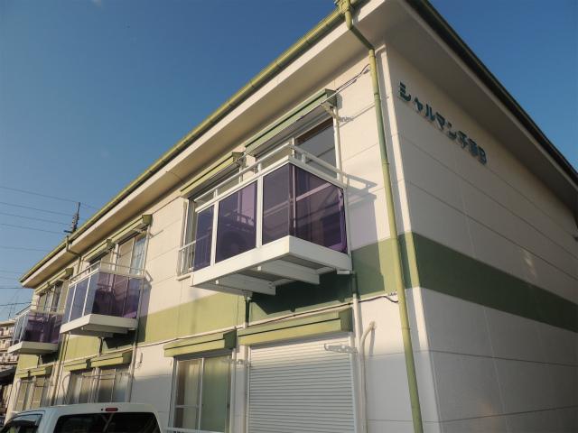 シャルマン千草A棟B棟 春日井市岩成台4丁目5-1