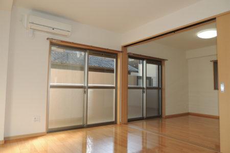 Shizuka 102号室 名古屋市守山区上志段味 2LDK リビング