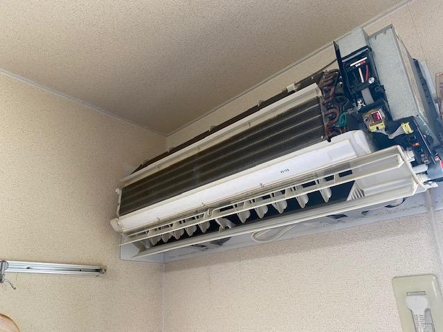 2年前に交換したエアコンの不具合 犯人は○○○○!エアコンCS-227CFR-Wの修理
