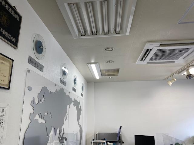 サンプロジェクト事務所の照明をLEDに交換